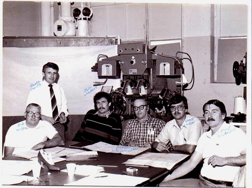 USA 1985. Teaching technicians.